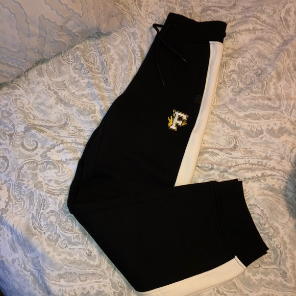 Puma Pants - FENTY by Rihana joggers - new